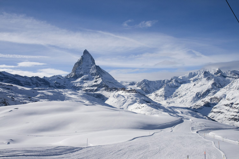 Zwitsers Italiaans Skigebied Wordt Gigantisch Groot Snowchamps
