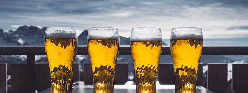 Onderzoek: 'Wintersporters drinken veel te veel alcohol'